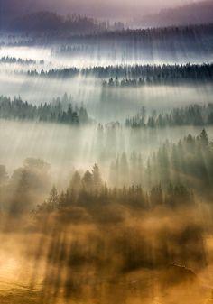 Mountain hut by Marcin Sobas / 500px