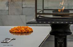 Un universo paralelo. Esfera: Mausoleo Mahatma Gandhi. Final?