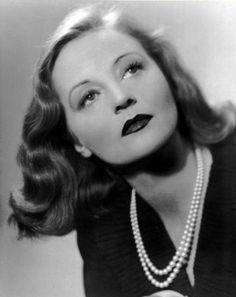 Tallulah Brockman Bankhead fue una actriz estadounidense de cine, televisión y que desarrolló la mayor parte de su carrera en el teatro