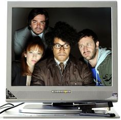 The IT Crowd : Since the series began it has won a glittering eight awards including an International EMMY, the Rose d'Or for comedy and a BAFTA. Richard Ayoade, It Crowd, Tv Seasons, Season 4, Comedy, Tv Shows, Bring It On, Film, Celebrities