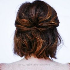 Splendid Half updo back tuck- Emma hair option- This is a loose, fancy-free and still very romantic way to wear short hair. Pull back half of your hair and put it into a back tuck. Then let the r ..