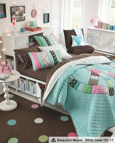 Peace Sign Patchwork Quilt. just LOVE this!!! even though i love pink, the blue and brown are so cute!