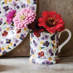Tiny Wallflower Pint Mug (Collectors Club Pottery Cafe, Emma Bridgewater Pottery, Pottery Designs, Club, Mugs, My Favorite Things, Spring, Tableware, Sweet