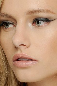 20 Ridiculously Sexy Eye Makeup Looks | StyleCaster