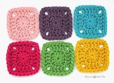 Pixel Crochet Squares                                                                                                                                                                                 Más