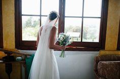El vestido de la novia. Boda en el campo organizada por Detallerie. The bride's dress. Outdoors wedding by Detallerie.