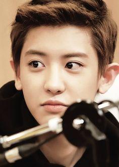 Park Chanyeol. Ah. His eyes.