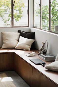 Minimalist Furniture Designs in Simple Home concept for 2019 Part 17 The Line Apartment, Los Angeles Apartments, Window Benches, Modern Window Seat, Bay Window Seats, Bay Windows, Wood Windows, Window Wall, Minimalist Furniture