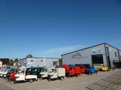 Aussenansicht von den 2 Gebäuden von Casa Moto in Bergatreute. #Casa #Moto #Bergatreute #Piaggio #Ape #Casamoto Piaggio Ape, Commercial Vehicle, Recreational Vehicles, Backdrops, Photo Illustration, Rv Camping, Campers