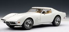 1970 Corvette Diecast Scale Model by Autoart