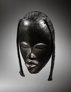 African Masks, African Art, Statues, Congo Brazzaville, Paris New York, Female Mask, Masks Art, Le Chef, Arte Popular
