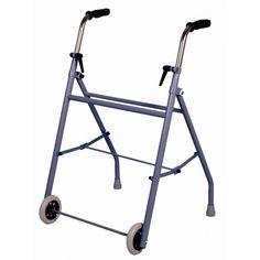 Caminador plegable con dos ruedas de 11 cm. de ø. Los puños anatómicos son graduables en altura y se regulan de 72 a 94 cm. Fondo total 53 cm. Ancho total 57 cm. Peso total 5,2 kg.