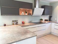 [ new week ] Ny uke, nye muligheter! Küchen Design, House Design, Interior Design, Kitchen Furniture, Kitchen Decor, New Week, Luxury Kitchens, Home And Living, Home Projects