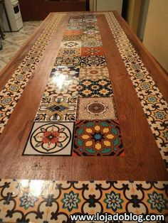 Mesa customizada com adesivos azulejos click the image or link for more info. Tile Art, Tiles, Furniture Makeover, Diy Furniture, Tile Tables, Kitchen Flooring, Painted Furniture, Diy Home Decor, Home Improvement