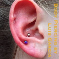 Fresh low snug/high anti-tragus with an @anatometalinc curved barbell with 3mm prong set dark purple opal #piercing #bodypiercing #philly #philadelphia #southstreet #AssociationofProfessionalPiercers #safepiercing #NoKaOiBodyPiercing #instagood #instacool #jewelry #bodyjewelry #picoftheday #mybodymod #bodymodlife #legitpiercingslook #legitbodyjewelry #antitragus #snug #earpiercing #earcartilage #anatometal #opal (at NoKaOi Tiki Tattoo and Piercing)