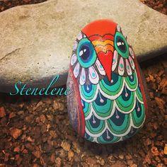 Uglen... #malpåsten#sten#stenelene#paintedstones#stones#rockpainting#rocks#owl#ugler#thisiswhatido#thisiswhatilove