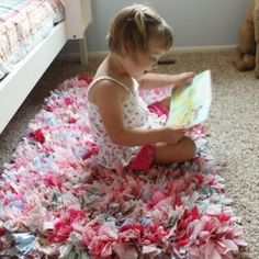 How to make a rag rug! Super-easy (but time-consuming.) Great project to do in front of the TV.