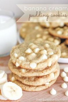 I am a lover of all things banana cream. And I have been making a lot of pudding cookies lately. So I had to give these banana cream pudding cookies a try! The result was fantastic! It had just the right amount of banana in them and I loved the white chocolate chip chunks throughout.