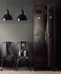 These black Industrial Style Pendant lights just reach out and grab me.
