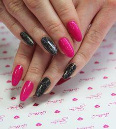 #starlightnight #pink #shine #longnails #pinknails #blacknails