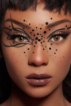 Fashion Show Makeup, Nyc Fashion, Makeup Photography, Fashion Photography, Spider Makeup, Makeup Stickers, Crystal Makeup, Creative Eye Makeup, Beauty Shoot