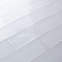 wandtegel cm Aria Ice glans handvorm look My Dream Home, Tile Floor, Flooring, House, Bathroom Ideas, Home Decor, Ice, Kitchen, My Dream House