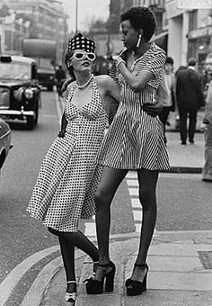 Cindy Cartnell and Selina, London, April 1973. Photography by John Minihan