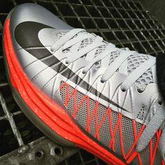 #lachaussuredujour #LCDJ #L15R #fashionistas #shoe #shoes #shoesoftheday #schuh #schuhe #chaussure #chaussures #picoftheday #potd #instadaily #photooftheday #instagood #followme #fashion #iloveshoes #shoefie #sneeker #sneekers #sneekerporn #nike #nikes #nikeshoes #nikeoriginal hamburg uwe 20150705