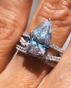 Celebrity Engagement Rings, Pear Shaped Engagement Rings, Designer Engagement Rings, Diamond Engagement Rings, Diamond Anniversary Rings, Diamond Wedding Bands, Diamond Rings, Gold Rings, Rose Gold Wedding Jewelry