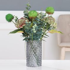 The small finishing touches that really complete room decor. (available only in the Baltics) Kitchen Dining, Dining Room, Label Image, Living Room Decor, Glass Vase, Flowers, Home Decor, Drawing Room Decoration, Decoration Home