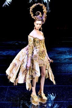 Guo Pei Spring/Summer 2018 Couture