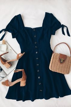 Outfit for dinner Chances Are Navy Blue Skater Dress - Nice ✔️;D - Die Chancen stehen gut, dass Navy Blue Skater Dress - Nice ✔️; Cute Casual Outfits, Casual Dresses, Navy Outfit Ideas, Navy Blue Outfits, Navy Blue Skater Dress, Navy Blue Dress Casual, Blue Maxi, Dress Black, Stylish Clothes