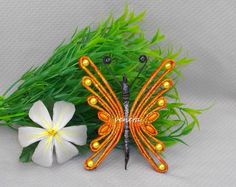 farfalla Newspaper Crafts, Quilling, Arts And Crafts, Butterfly, Nova, Decor, Magic, Paper Weaving, Butterflies