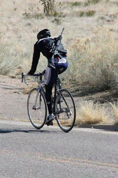 Riding While Armed (_heavily_ armed) [pic]: Triathlon Forum: Slowtwitch Forums