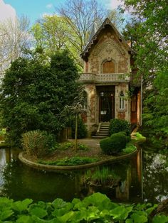 Alexandre Dumas' hideaway on the grounds of Monte Cristo Castle in Marly le Roi, France. Monte Cristo Castle in Marly le Roi, France. Forest Cottage, Cozy Cottage, Garden Cottage, Forest House, Cottage Art, Cottage House, Cottage Ideas, Cottage Image, Cottage Names