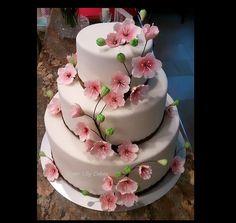 Cherry Blossom Cake - Cake Decorating Community - Cakes We Bake Gorgeous Cakes, Pretty Cakes, Cute Cakes, Amazing Cakes, Cherry Blossom Party, Cherry Blossoms, Spring Cake, Spring Theme, Fancy Cakes