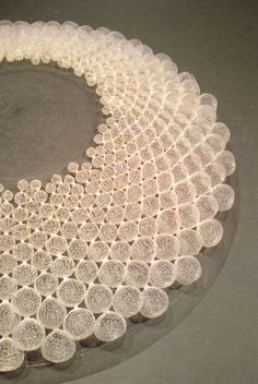 Nora Fok jewellery - pure art to wear Textile Jewelry, Textile Art, Wire Jewelry, Jewelry Art, Fashion Jewelry, Jewelry Design, Contemporary Jewellery, Modern Jewelry, Unique Jewelry