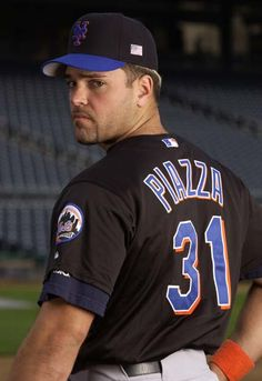 Mike Piazza great to player to watch. I even have the same jersey!