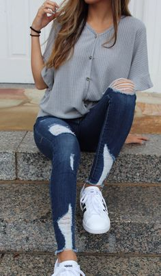 Apr 2020 - 2020 Women Jeans Ripped Jeans Outfit Kick Flare Jeans Knee Ripped Jeans Mens – rotatal Teenage Outfits, Teen Fashion Outfits, Mode Outfits, Womens Fashion, Jeans Fashion, Fashion Clothes, Fashion Trends, Fashion Fashion, Latest Fashion