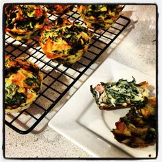 Cheese, bacon and spinach savoury muffins - via inspired mood
