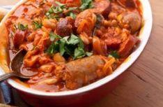 Recette : Saucisses de porc et boeuf aux tomates à la mijoteuse.