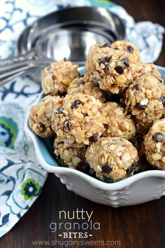 Whether you are looking for a post workout snack, or an on-the-go breakfast, these no-bake Nutty Granola Bites are packed with flavor and protein! #fisherunshelled
