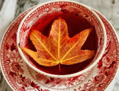 It's the season of fall, which also means it's the season of tea!