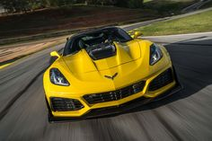 2019 Chevrolet Corvette first drive: Spacetime Chevrolet Corvette, Chevrolet Blazer, Camaro Models, Chevy Models, Corvette C7 Stingray, Ferrari 488 Gtb, Porsche Classic, Top Luxury Cars, Porsche Carrera