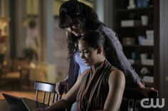 "#Charmed 1x22 ""The Source Awakens"" - Macy and Marisol"