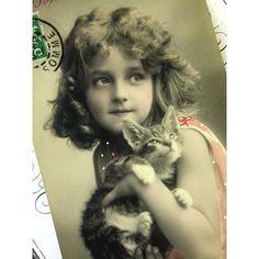 ★1238*Grete Reinwald*子猫を抱く美少女 の通販 | カラメル