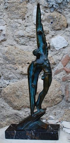 The winged Icarus. Fabulous bronze signed Le Faguays on the base and stamped bronze as well. Pierre Le Faguays.