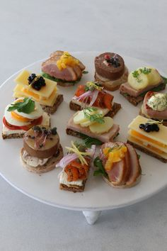 Wine Recipes, Gourmet Recipes, Yummy Food, Tasty, Yummy Lunch, Party Finger Foods, Cold Meals, Food Presentation, High Tea