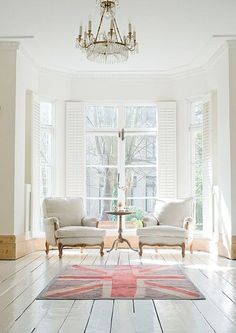 Sala de estar branco com cor de rosa | Eu Decoro