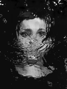 underwater face woman